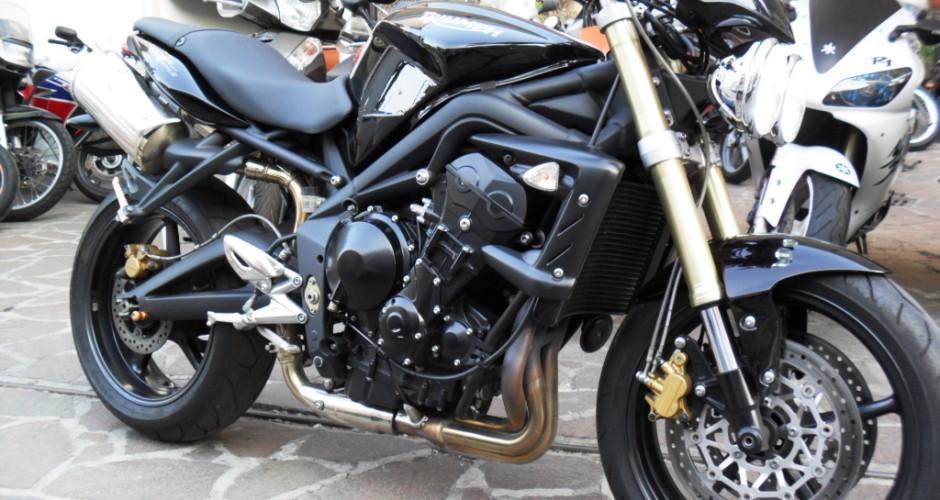 Triumph Street Triple 675 2010 Con Soli 6223 Km 0 Sinistri Lucca