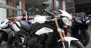 triumph speed triple 1050 2012