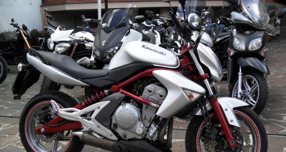 kawasaki er6n 2009 perfetta garanzia finanziabile